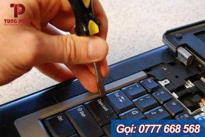 nạy bàn phím laptop