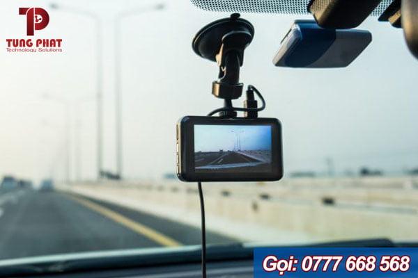 Lợi ích khi lắp camera hành trình cho ô tô