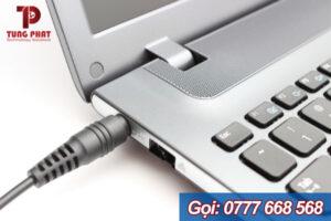 Các vấn đề liên quan khi chọn mua cục sạc adapter cho pin laptop Dell