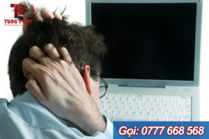 laptop hay bị sập nguồn