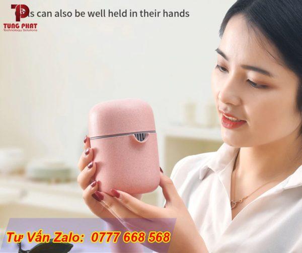 máy ép trái cây cầm tay màu hồng